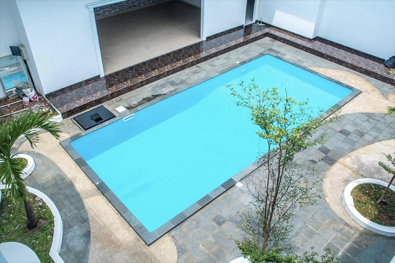 Kolam Renang Bocor
